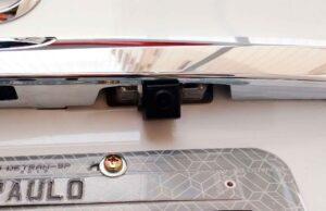 Como instalar câmera de ré no Nissan Sentra 2014, 2015, 2016 12