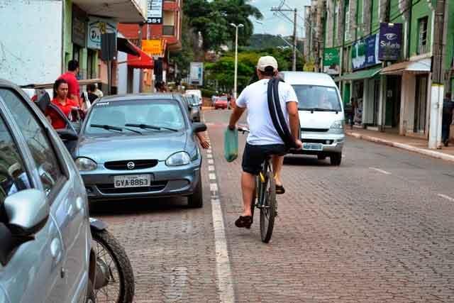 Pedestres e Ciclistas agora podem ser Multados 2