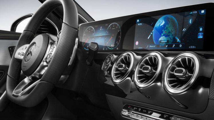 Mercedes Benz Revelou Interior do Novo Classe A (A-Class) 3