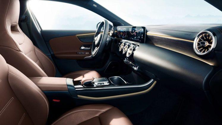 Mercedes Benz Revelou Interior do Novo Classe A (A-Class) 8