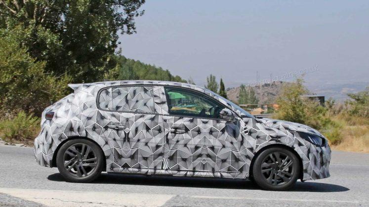 Novo Peugeot 208 2019 em testes na Europa e com Versão Elétrica 4
