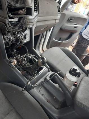 Alcool gel incendio no carro